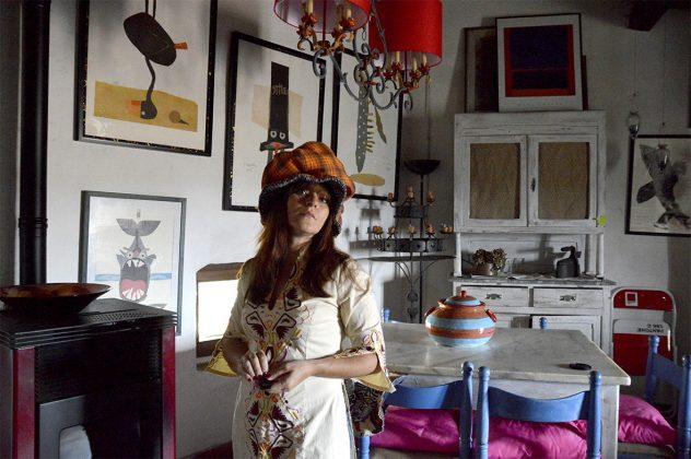 ampio cappello arancio